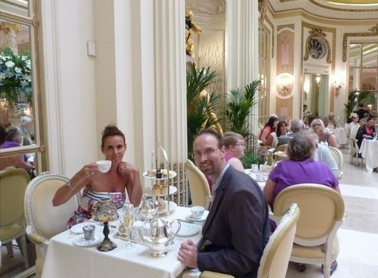 The Ritz London: Champagne Afternoon Tea in the 'Palm Court'