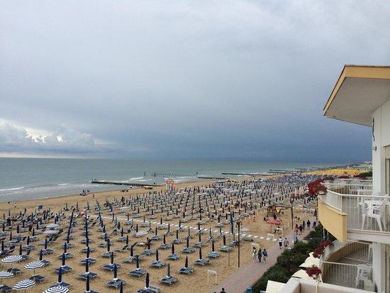 Hotel Ornella: Vista dalla camera 338 fronte mare.