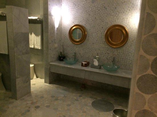 Iberostar Grand Hotel Paraiso: bathroom