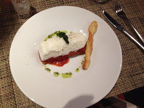 Le Christine : Mousse di mozzarella con pomodori