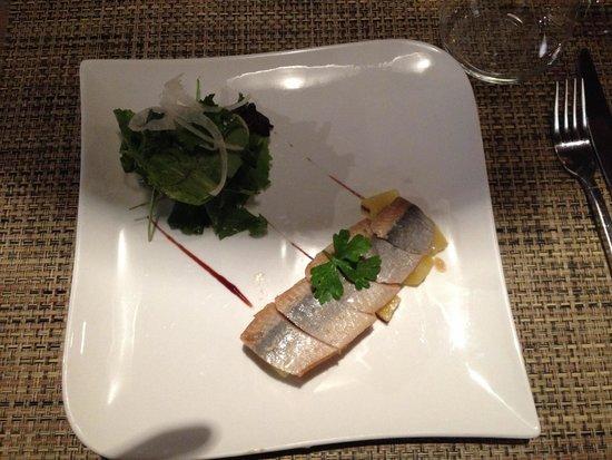 Le Christine : Filetto di aringa fresco su letto di patate a tocchetti ed insalata verde