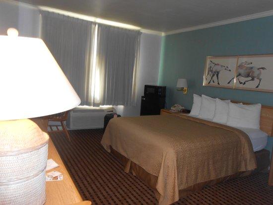 Quality Inn: sleeping area