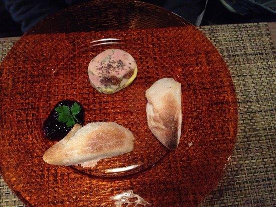 Le Christine : Fois gras con pane caldo e confettura di bosco