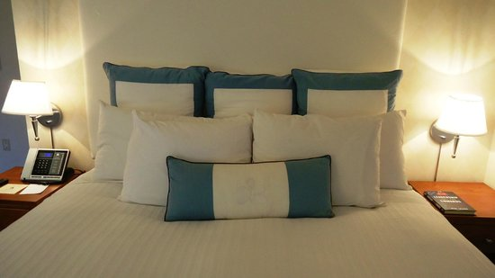 Hotel Nikko San Francisco: bed