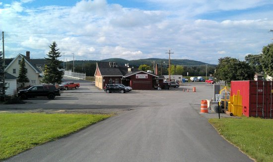 The  Northern Door Inn: View toward Rt. 1 - from the hotel