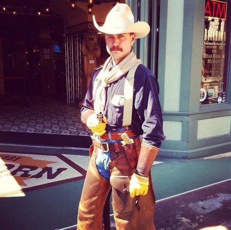The Buckhorn Saloon and Texas Ranger Museum: Garrett really gets into it!