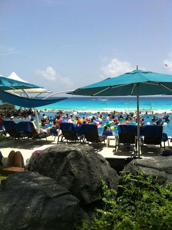 "Hard Rock Hotel Cancun : ""Alberca"""