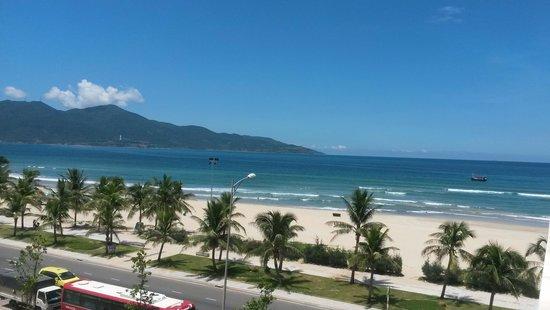 Non Nuoc Beach: Great beach!