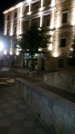Hotel Abba Fonseca: La entrada del hotel