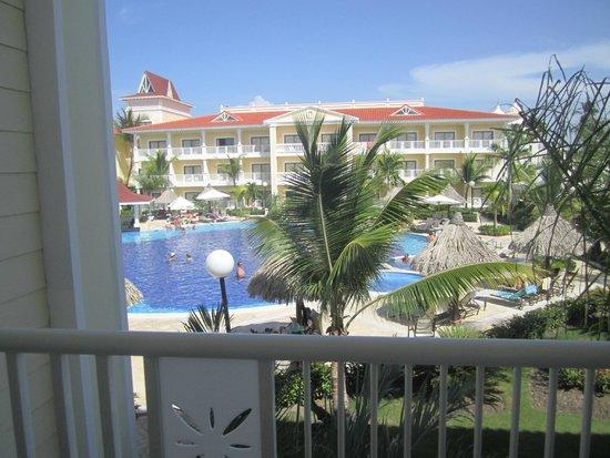 Luxury Bahia Principe Esmeralda Don Pablo Collection : Beautiful pool area