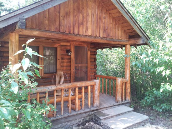 Shoshone Lodge & Guest Ranch: Porch on Cabin Creek #7