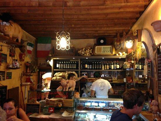 L'Ostellino : Storefront