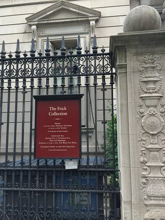 Frick Collection: 入口