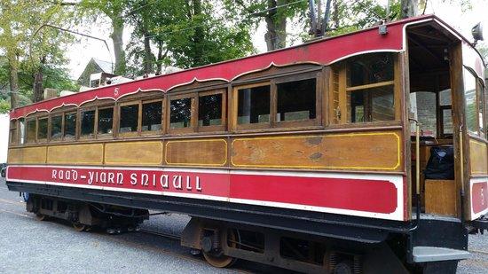 Manx Electric Railway: Electric Tram