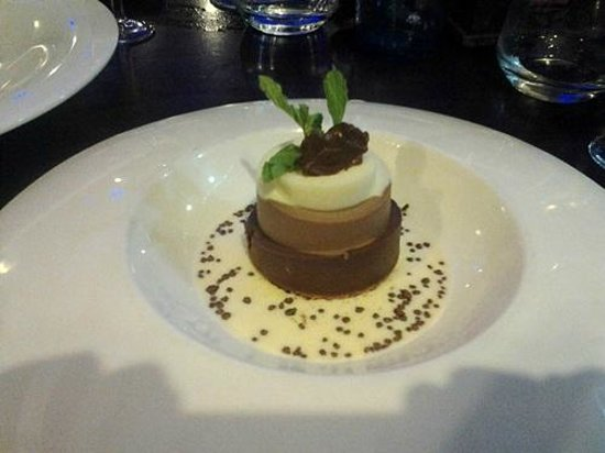 Restaurante la Mirta: volcan de tres chocolates