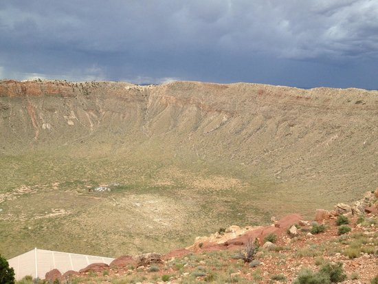 Meteor Crater: Thunderstorm coming from the south over crater