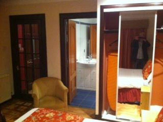 Castlecary House Hotel : Room
