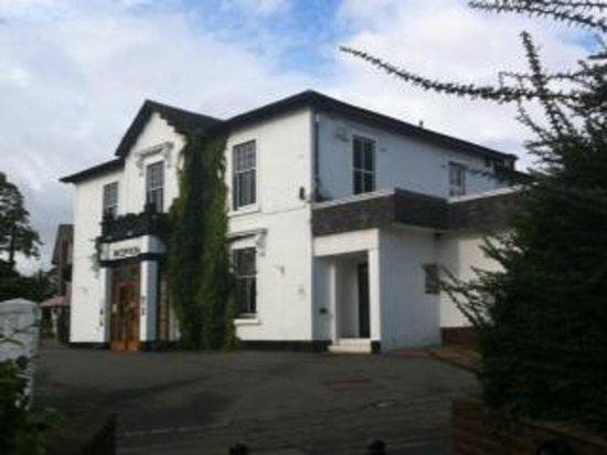 Castlecary House Hotel : Hotel