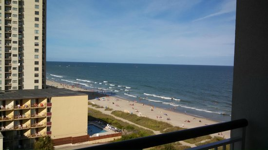 Hampton Inn & Suites Myrtle Beach/Oceanfront: View from room