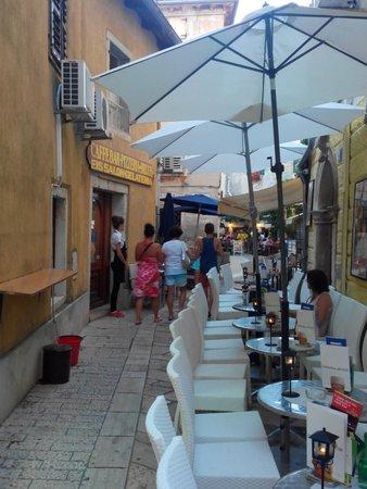 Porec Old Town: restaurant