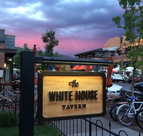 The White House Tavern: Sunset at the WHT