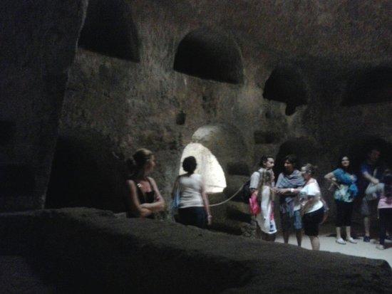 Chiesa di San Giovanni alle Catacombe: Rotonfa.cisterna