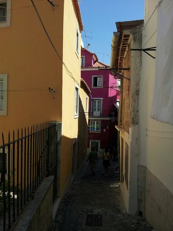 Alfama: Case colorate