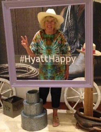 Hyatt Regency DFW: A little fun in the lobby!