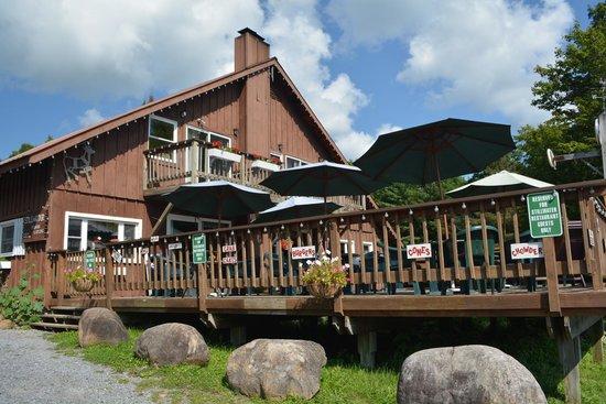Stillwater Hotel: Hotel and Deck