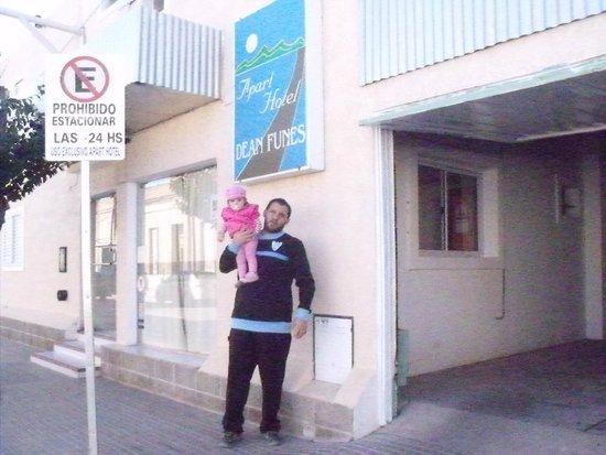 Dean Funes, الأرجنتين: Puerta del hotel