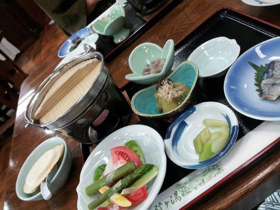Sukayu Onsen Ryokan : 湯治客用の夕食