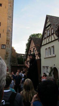 Führung mit dem Rothenburger Nachtwächter: The Night Watchman Tour