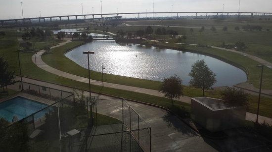 Homewood Suites by Hilton Waco, Texas: View of walking/jogging trail from the room