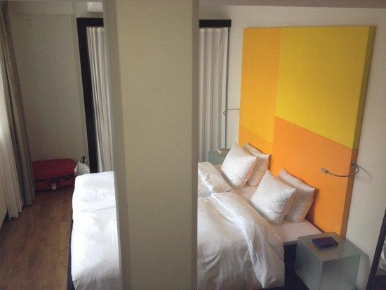 Skt. Petri: the room