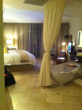 Trump International Hotel & Tower Panama: Vista de la habitación cuando uno entra
