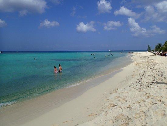 Playa Palancar: Clean sand beach