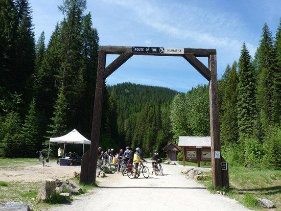 Hiawatha Mountain Bike Trail: near the entrance to the trail
