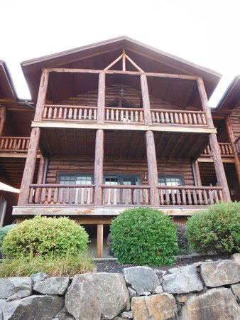 Lodges at Cresthaven: lodges