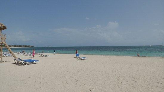 Meliá Caribe Tropical: The beach