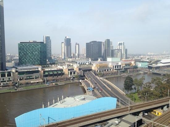 Best Western Riverside Apartments : view from room 1622 across to Crown Casino