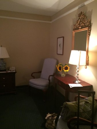 The Simsbury Inn: Room 336