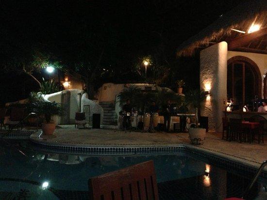 Pelican Eyes Resort and Spa : Main restaurant.