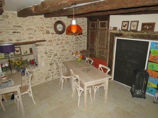 La Maison De Leopold : Salle à manger
