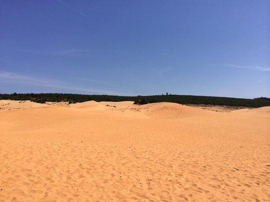 Full Moon Village : Les dunes....