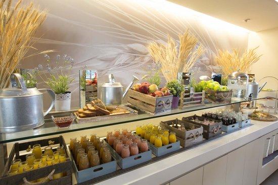Novotel Sydney Olympic Park: Breakfast Buffet