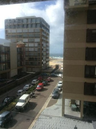 Novotel Newcastle Beach: the beach