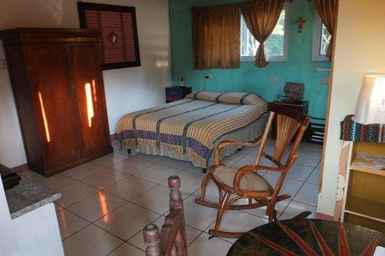 Eco Hotel Uxlabil Guatemala: Ma chambre