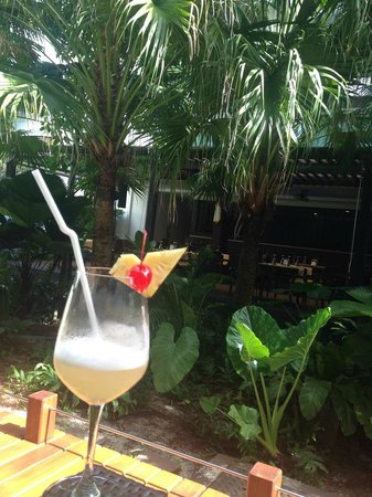Centara Anda Dhevi Resort and Spa: view from the bar
