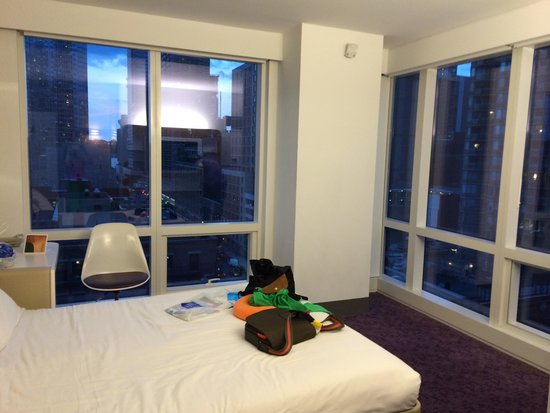 YOTEL New York at Times Square West: Room