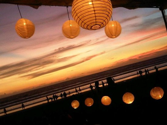 K resto: Scenery on sunset at ABC Cafe